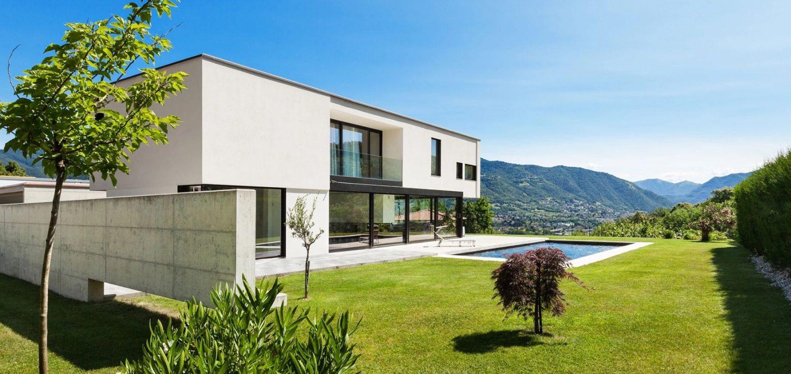 White Glassy House Star